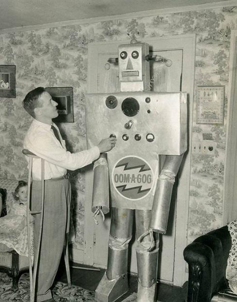 ROBOTIKMACHINE - Oom-A-Gog dans Robotikmachine 18111212034015263615992372