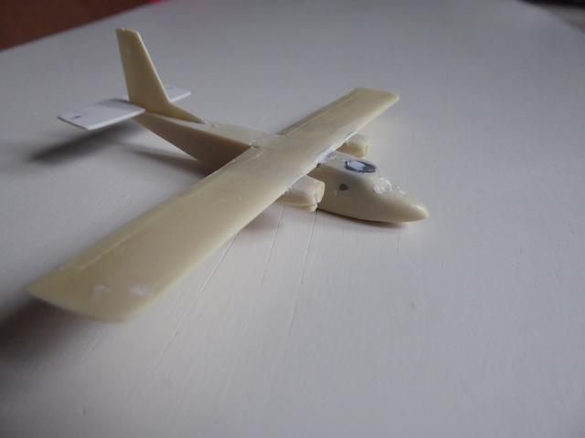 Britten Norman Islander 1811190343049175516002530