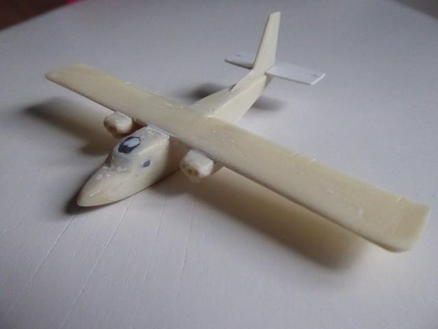 Britten Norman Islander 1811190343149175516002531