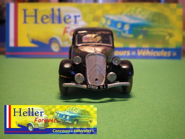 [1/43] Citroën 11 CV réf 80159 (photos finales) 18112107091923569816005764