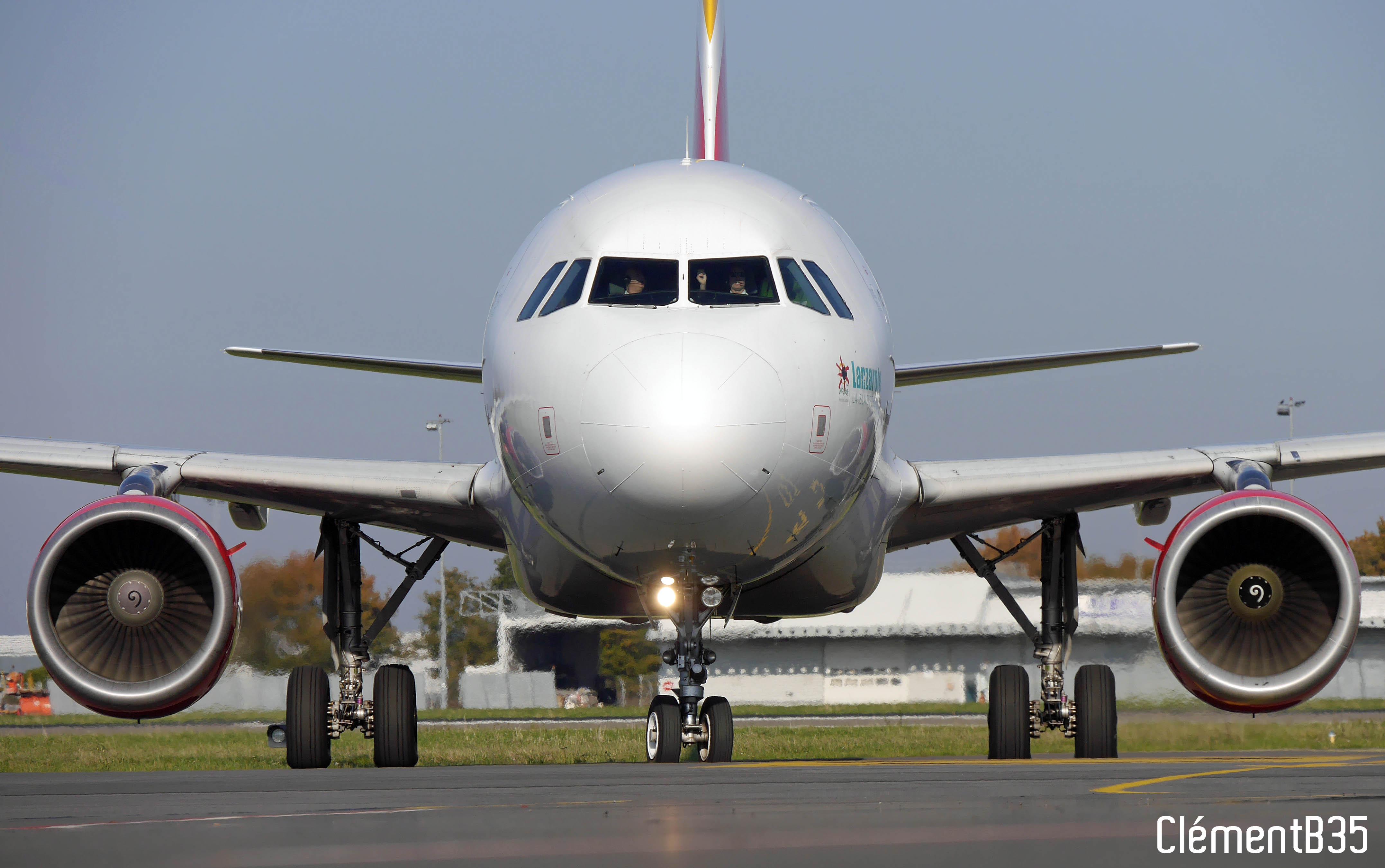 SPOTTERS - Vinci Spotters Day Rennes Aéroport 2018 - Page 6 18112401211523992316009768