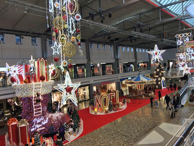 2018 : Noël Décoration 1811250213091858216011571