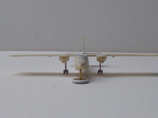 Britten Norman Islander 1811250433399175516011745