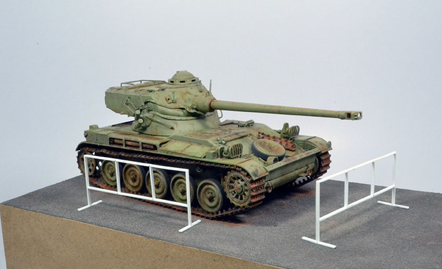 AMX 13 (Tamiya) 1/35 18112609063722494216013824