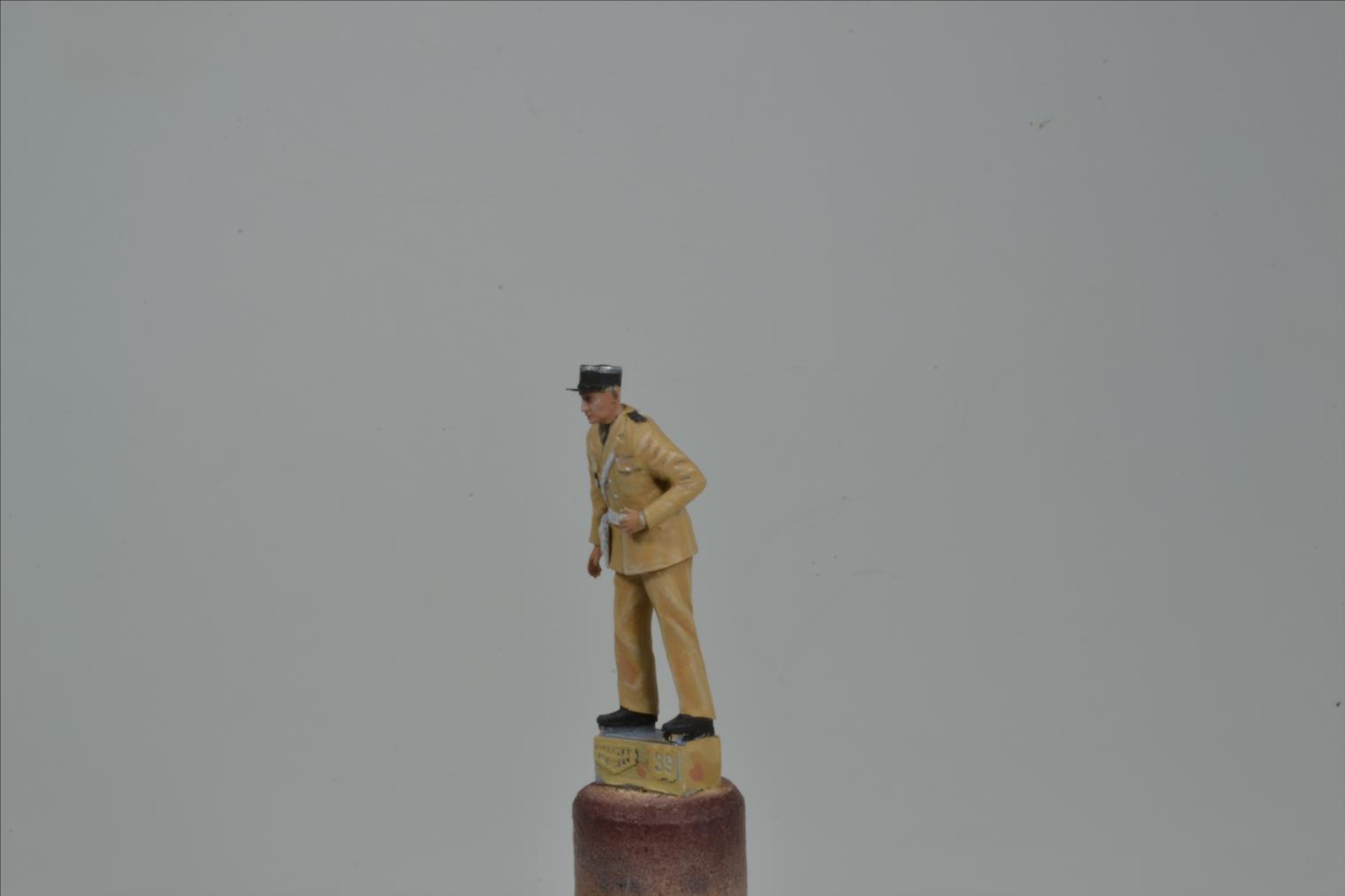Méhari gendarme de ST TROPEZ (BALATON MODELL 1/35) 18120802524422494216029204