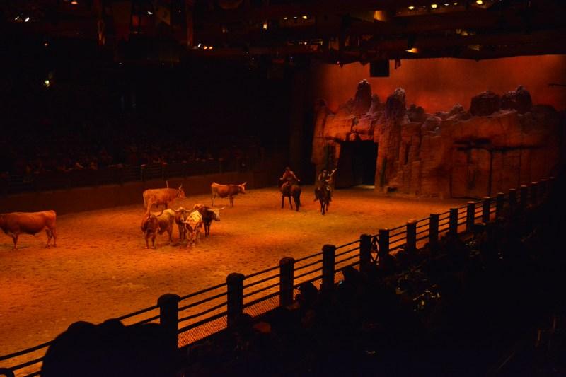 La Légende de Buffalo Bill… avec Mickey et ses Amis ! - Page 7 18123010013023968016053884