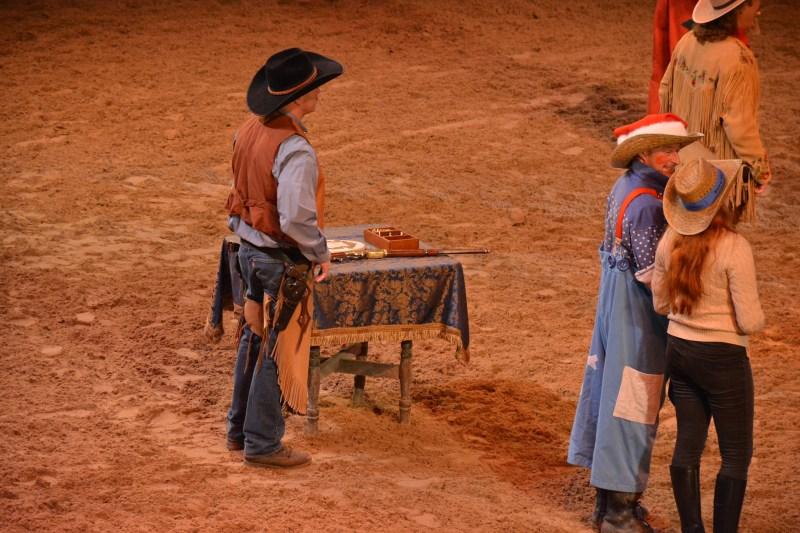 La Légende de Buffalo Bill… avec Mickey et ses Amis ! - Page 7 18123010013123968016053887