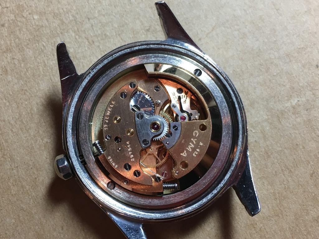 Cyma bumper cal 425 sur bracelet acier elastique signé cyma 19010307535523124316060550