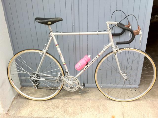 Le Peugeot PX 10 de 77 du grand-père qui n'aimait pas le vélo  - Page 2 19011107442920915816072858