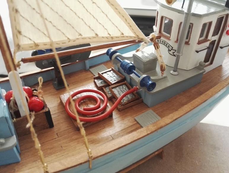 """Caboteur """"Le Norden"""" 1/30 de Billing Boats - Page 4 19021104461713521116116349"""