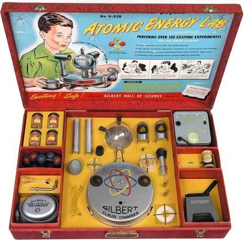 SPACETOYS - Atomic Energy Lab dans Spacetoys 19031508373215263616159713