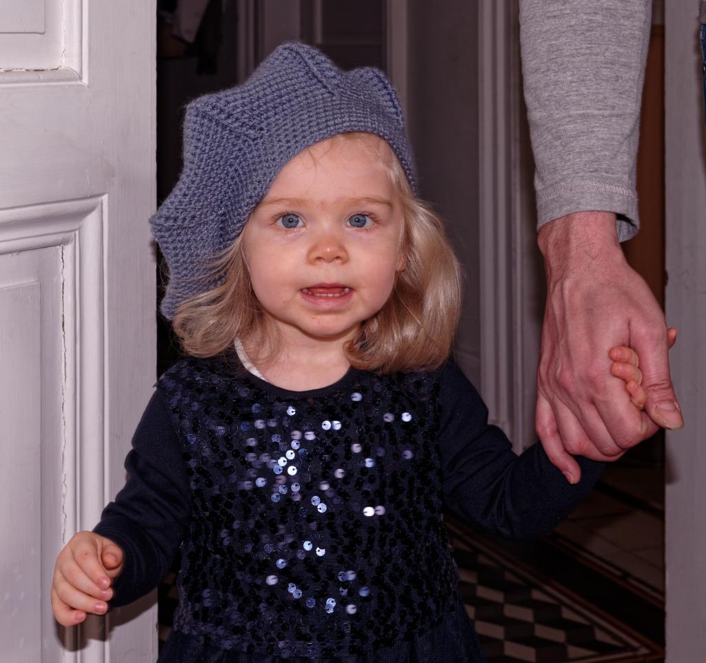 Portraits enfants / bébés - Page 24 19032505232422045016173440