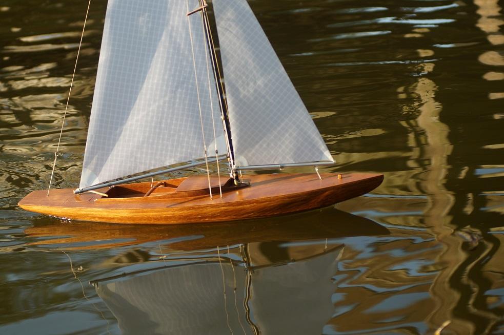 Dragon 1/12 Kit Billing Boats 19042003051024776716206577