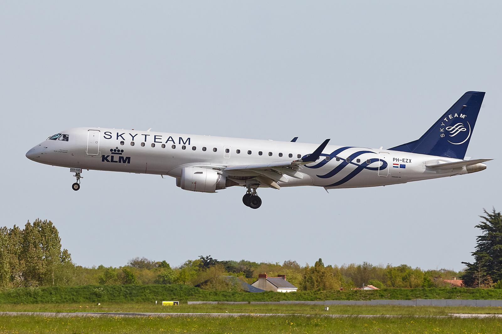 [29/08/2018] Embraer 190 (PH-EZX) KLM Cityhopper Skyteam c/s 1904231050595493216209091