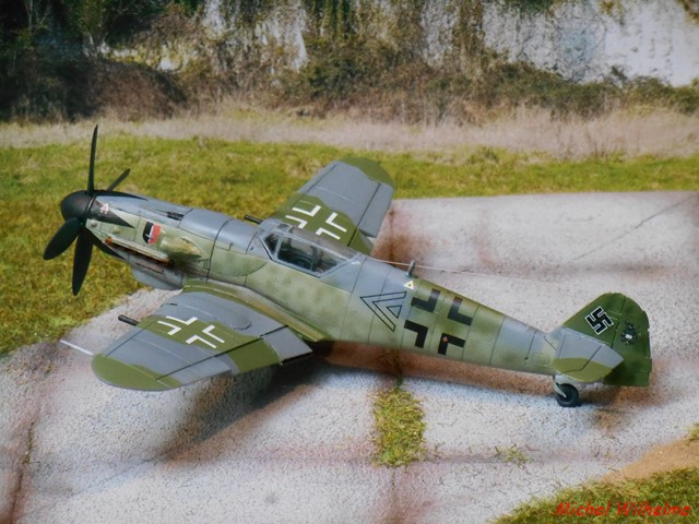 MESSERSCHMITT 109  K14     AZ MODEL 1904300830305625616219279