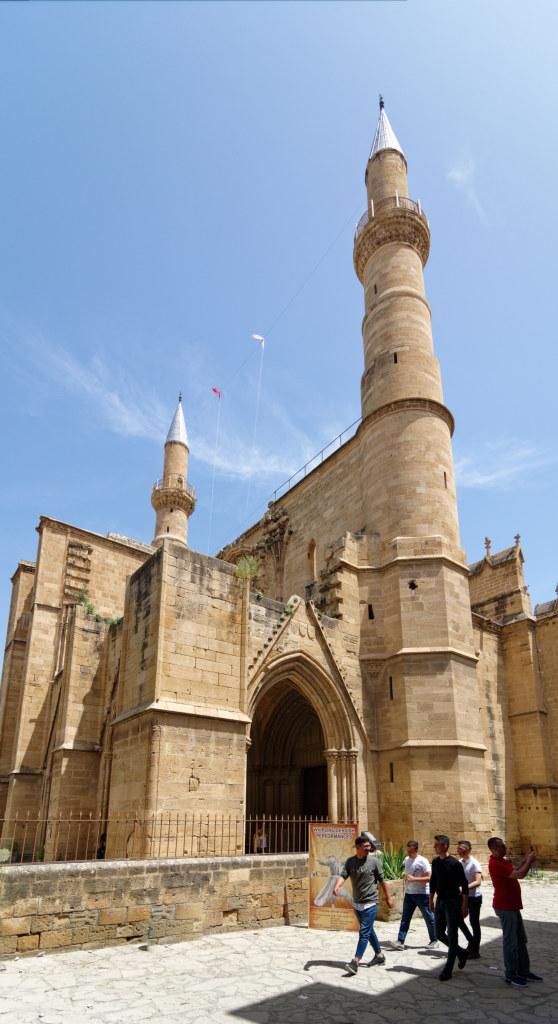 Edifices religieux et apparentés - Page 16 19050503015322045016224985