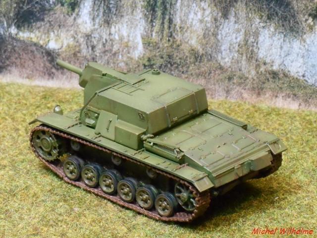 SU 122  sur chassis de Panzer III kit 1/72 UMmodel 1906230308265625616283916