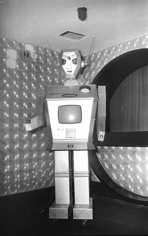 ROBOTIKMACHINE - Le robot TV dans Robotikmachine 354831-102