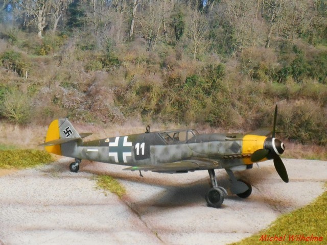 MESSERSCHMITT 109  G.10 AZ model 1/72 1908150612155625616359335