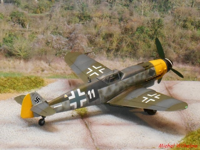 MESSERSCHMITT 109  G.10 AZ model 1/72 1908150612185625616359338