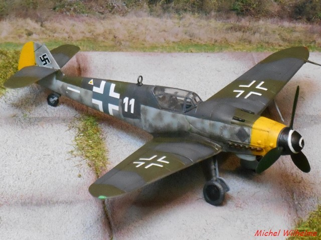 MESSERSCHMITT 109  G.10 AZ model 1/72 1908150612185625616359339