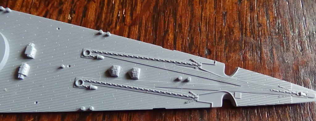 DKM Scharnhorst au 1/700e Flyhawk - Ouverture de boite Tn0qIb-Scharnhorst-19