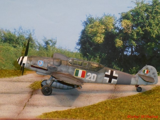 MESSERSCHMITT 109  G.12 AZ model 1/72 1910090651105625616452135