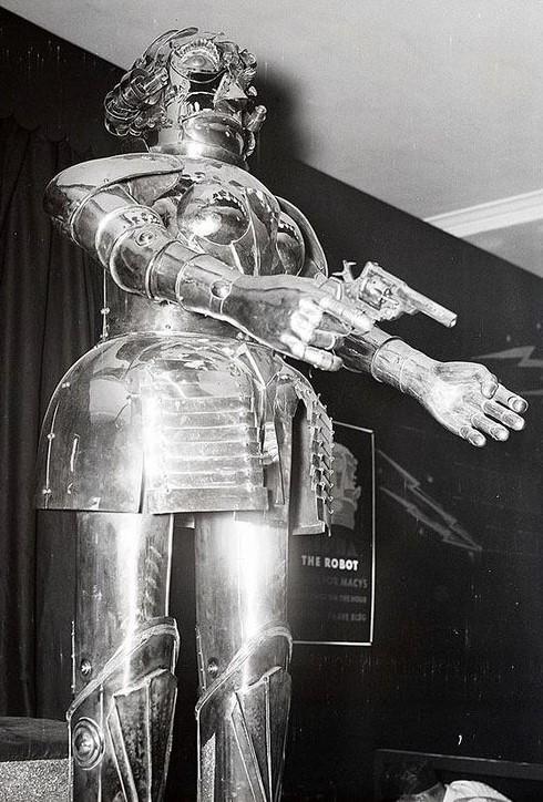 ROBOTIKMACHINE - Le robot armé dans Robotikmachine LXVtIb-194