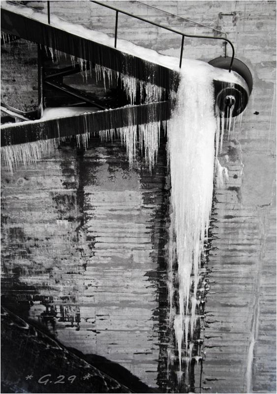 Vieilles photos de barrages hydrauliques ( ajouts ) R8T0Ib-DSC05748-copie