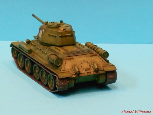 T34/76  modéle 1943  tourelle moulée. 1/72 maquette UM 1911090852475625616500480