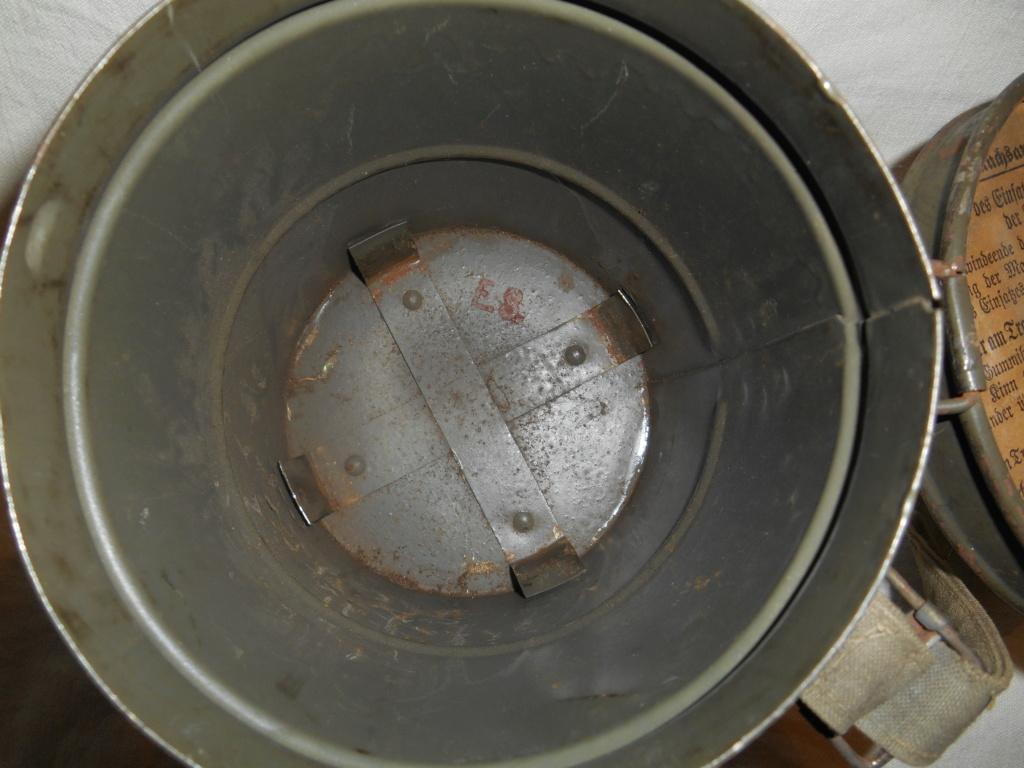 Gummi gas mask 19111007541423624316502883