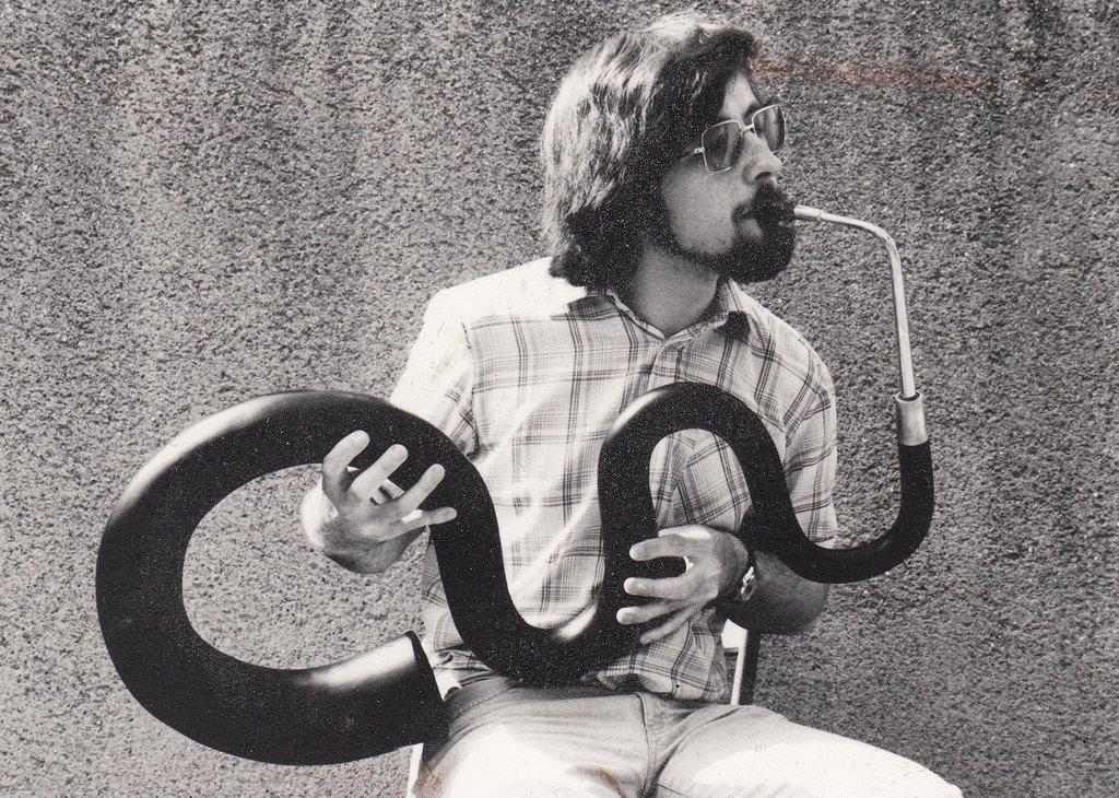 Fabrication d'instruments de musique anciens de bgire - Page 2 6sR3Ib-Serpent