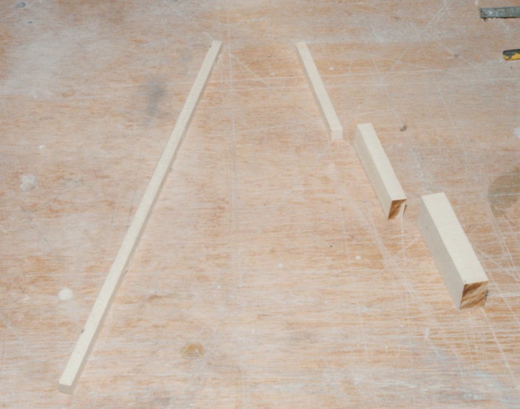 Fabrication d'instruments de musique anciens de bgire YHQ3Ib-1992-Clavicorde-Pisaurensis-22