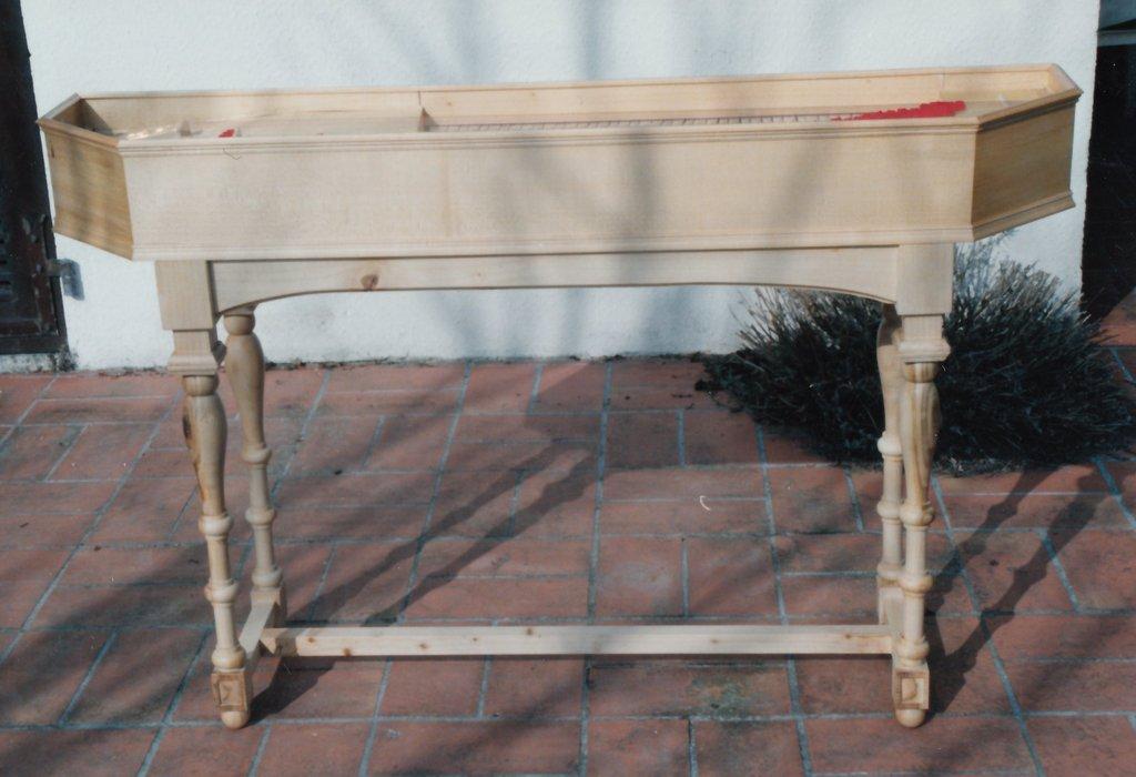 Fabrication d'instruments de musique anciens de bgire EKQ3Ib-1992-Clavicorde-Pisaurensis-46