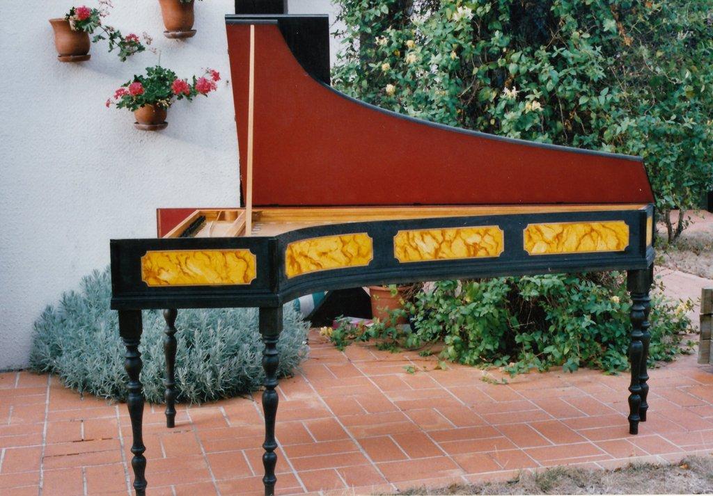 Fabrication d'instruments de musique anciens de bgire O4R3Ib-2003-Clavecin-Perticis-108
