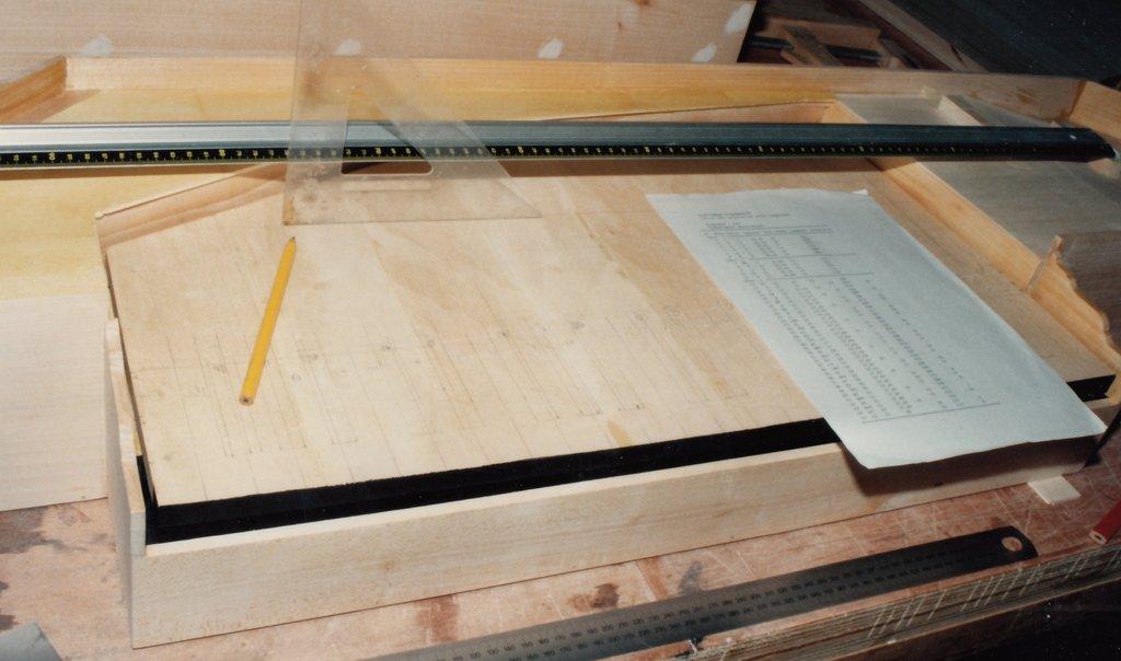 Fabrication d'instruments de musique anciens de bgire RIQ3Ib-1992-Clavicorde-Pisaurensis-25