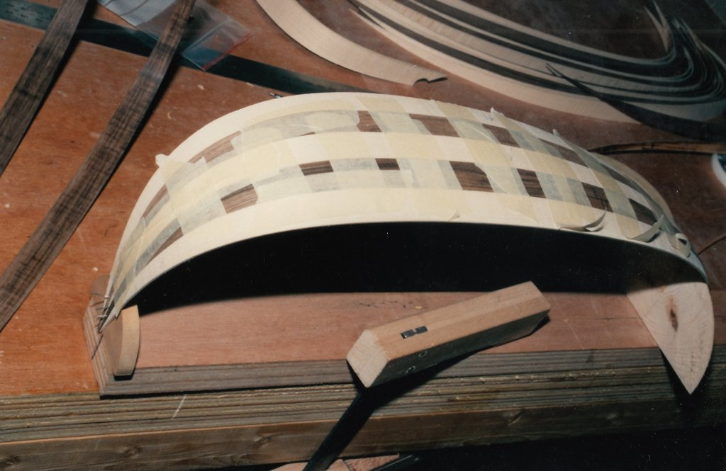 Fabrication d'instruments de musique anciens de bgire 19111306412023134916508220