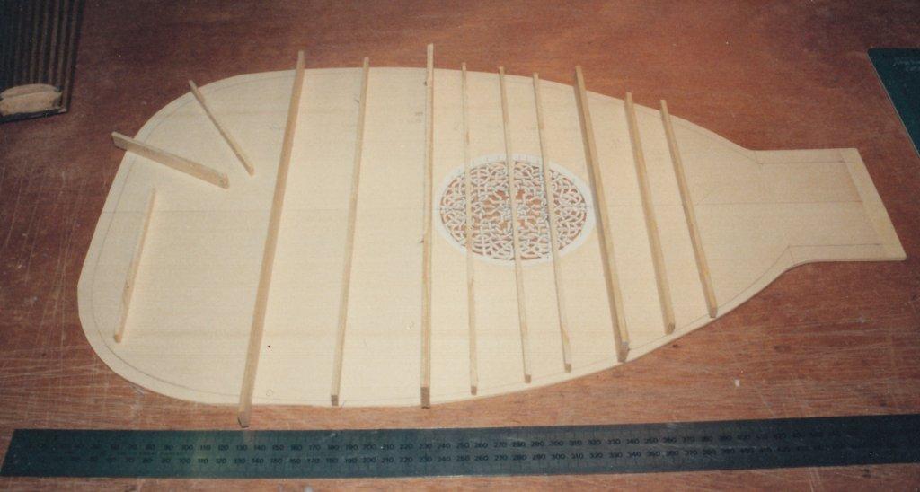 Fabrication d'instruments de musique anciens de bgire 19111306421323134916508229