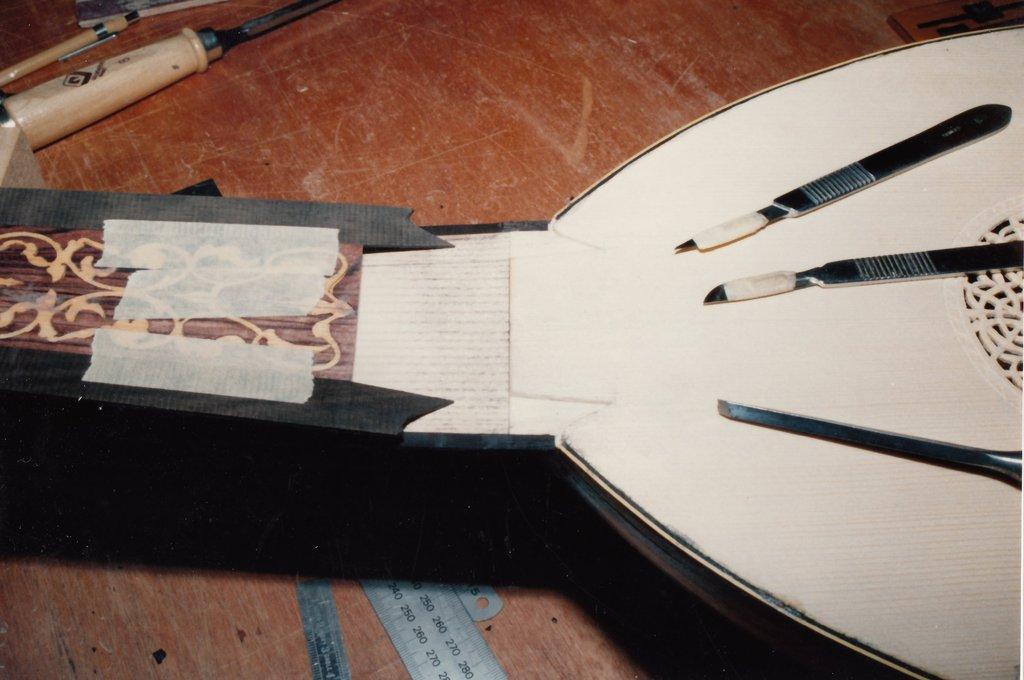 Fabrication d'instruments de musique anciens de bgire 19111306443023134916508247