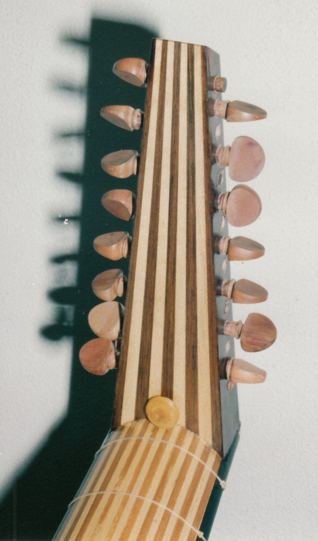 Fabrication d'instruments de musique anciens de bgire 19111306455923134916508263