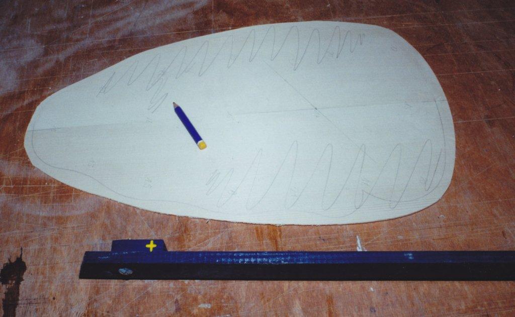 Fabrication d'instruments de musique anciens de bgire - Page 2 EJr6Ib-1994-Orpharion-38