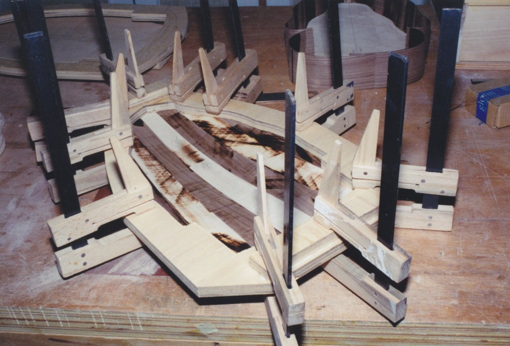 Fabrication d'instruments de musique anciens de bgire - Page 2 UGr6Ib-1994-Orpharion-23