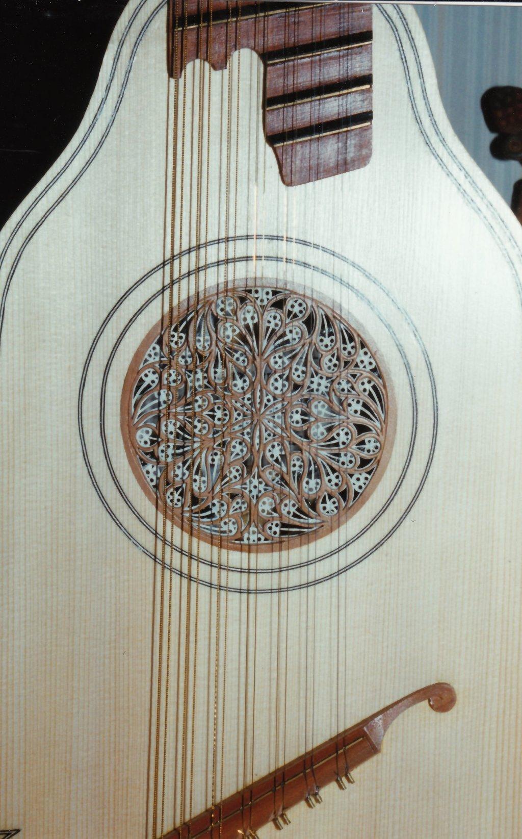 Fabrication d'instruments de musique anciens de bgire - Page 2 XLr6Ib-1994-Orpharion-60