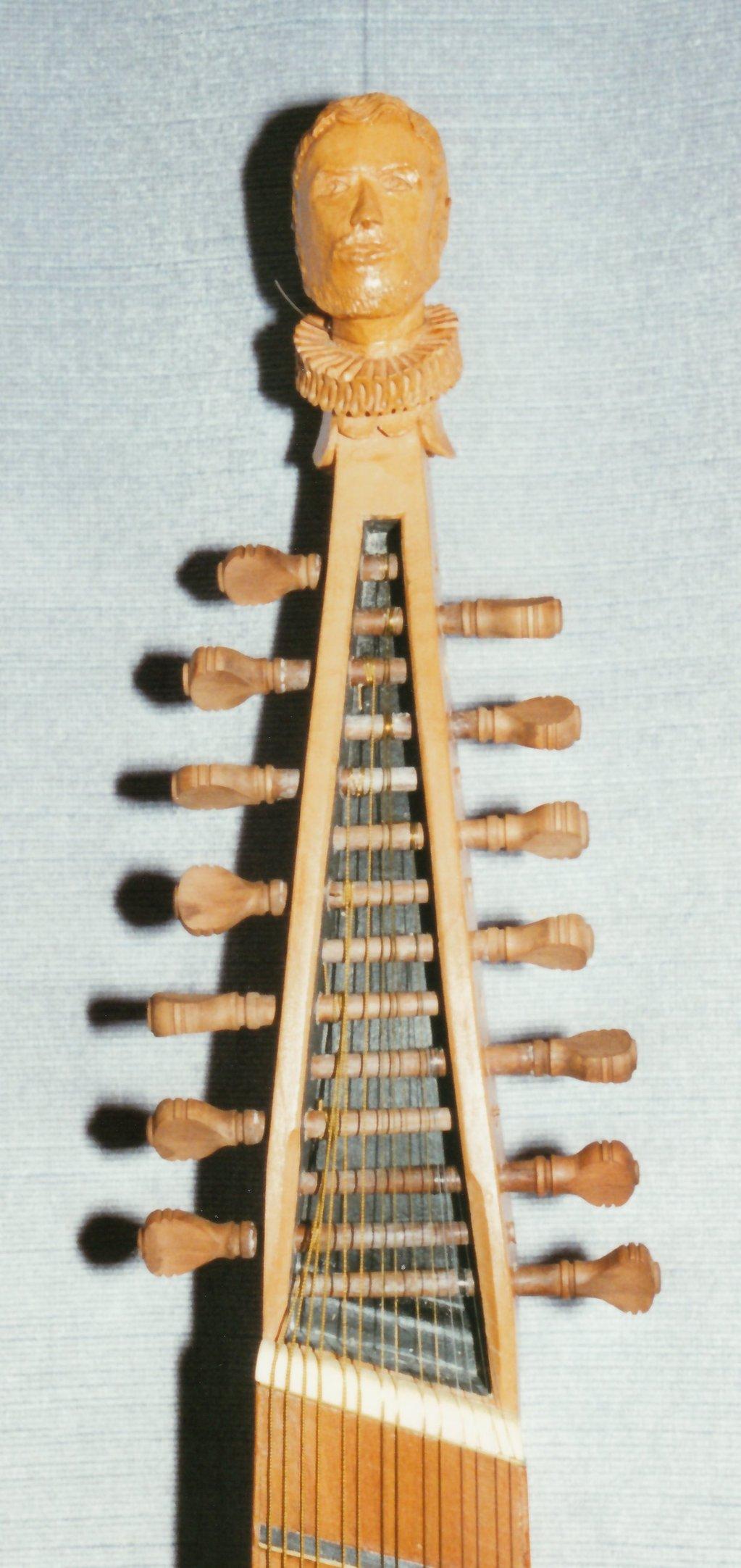 Fabrication d'instruments de musique anciens de bgire - Page 2 EEr6Ib-1994-Orpharion-77