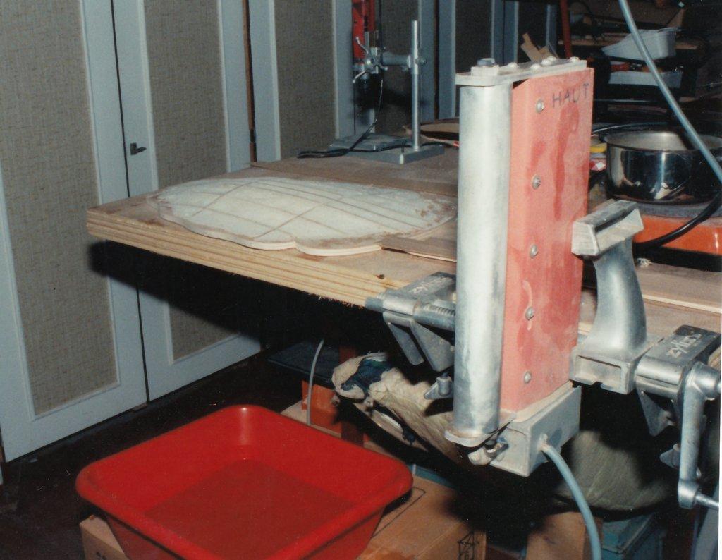 Fabrication d'instruments de musique anciens de bgire - Page 2 MFr6Ib-1994-Orpharion-03