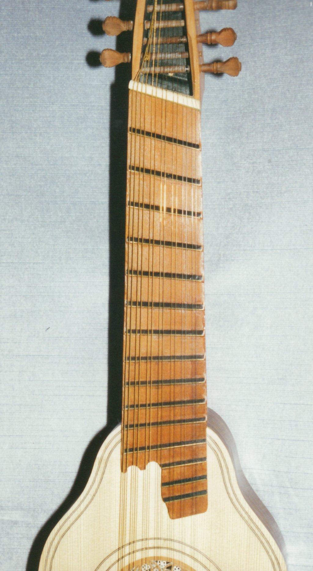 Fabrication d'instruments de musique anciens de bgire - Page 2 QMr6Ib-1994-Orpharion-64