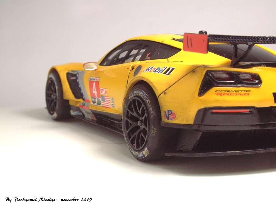 Corvette C7-R - 1/25e [Revell] QX79Ib-corvette-fini8