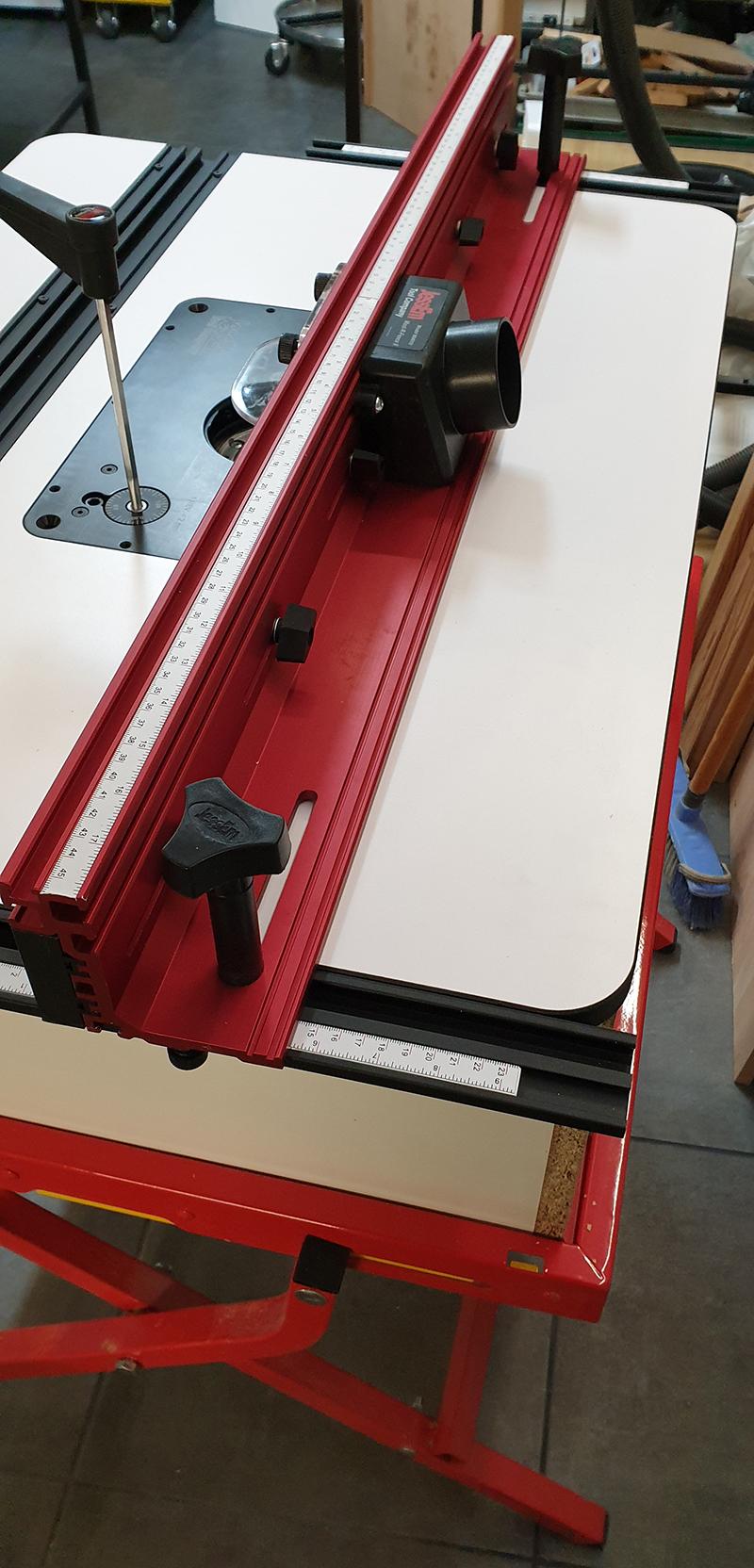 Festool OF1400 sous table, système JessEm monté sur support Bosch 19120803301424320016546577