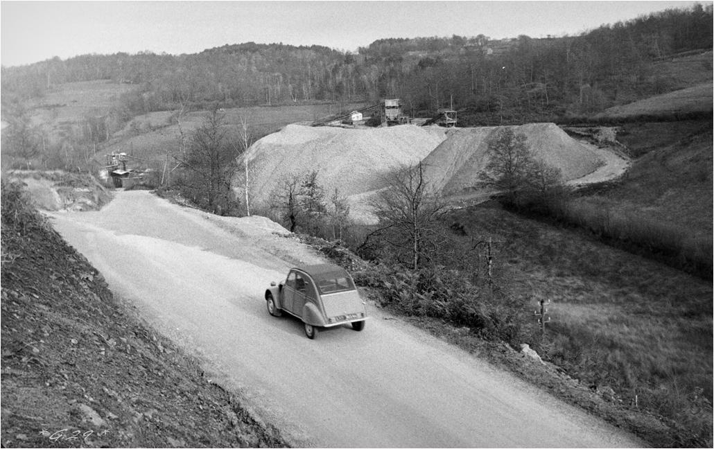Vieilles photos de barrages hydrauliques ( ajouts ) - Page 3 SkbEIb-DSC06002-copie