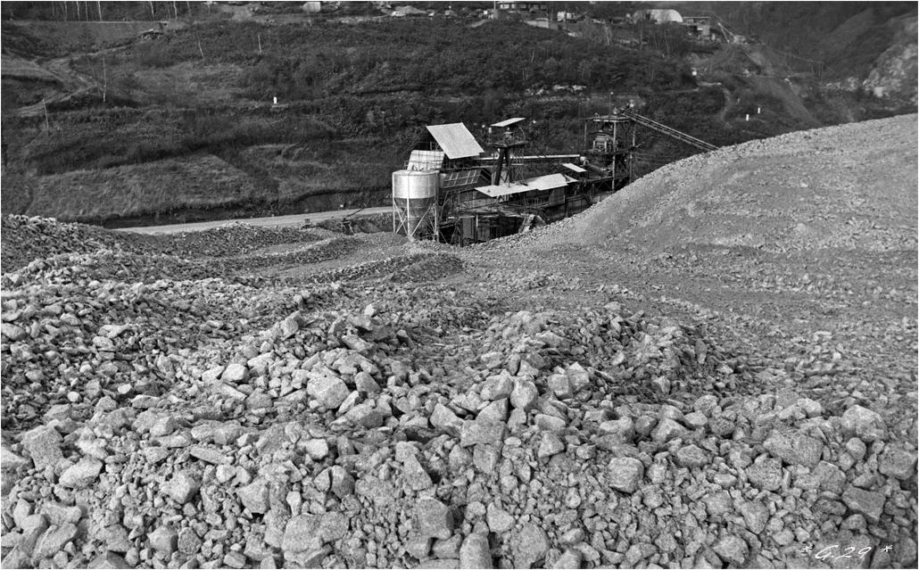 Vieilles photos de barrages hydrauliques ( ajouts ) - Page 3 AnbEIb-DSC05994-copie